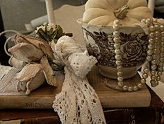 Soothing neutral vignette