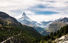 Free Image on Pixabay - Matterhorn, Zermatt, Switzerland Zermatt, Bergen, Mountain Pictures, Day Trips From London, Winter Destinations, Switzerland Destinations, Switzerland Tourism, Swiss Switzerland, Lake Photos