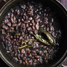 Pot o' Beans Recipe: same method for different types of beans, other options- black beans + oregano + dried chile / gigante beans + thyme + Parmesan rind / cranberry beans + Rosemary + garlic