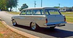 Australian Muscle Cars, Aussie Muscle Cars, Holden Wagon, Holden Kingswood, Welcome Wagon, Holden Australia, Old School Cars, Old Classic Cars, Luxury Suv