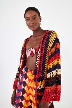 Crochet Cardigan Pattern, Knit Crochet, Crochet Patterns, Crochet Things, Crochet Clothes, Diy Clothes, Beloved Clothing, Blusas Top, Rainbow Crochet