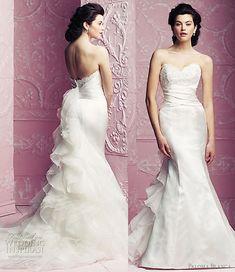 Google Image Result for http://www.weddinginspirasi.com/wp-content/uploads/2012/02/paloma-blanca-wedding-gowns-2012.jpg