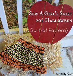 The Halloween Skirt without a Pattern - Our Daily Craft Halloween Skirt, Halloween Table, Sewing Elastic, Fabric Pumpkins, Leftover Fabric, Extra Fabric, Make It Work, Line Design, Candy Corn