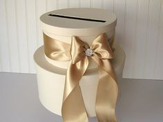 Pretty wedding card box