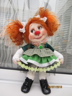 Fall Deco, Clowns, Handmade Toys, Folklore, Crafts To Make, Tatting, Doll Clothes, Projects To Try, Clay