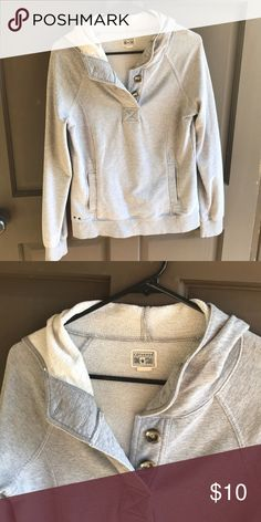 e463064e875 Grey sweatshirt Super cozy grey sweatshirt by converse. Hoodie and front  pocket pouch. Size