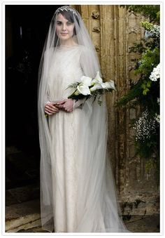 Lady Mary replica wedding veil. Simply stunning, three colors available. silk tulle. Chapel veil & blusher  Downtown Abbey