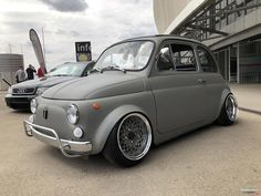 Slammed Cars, Automobile Companies, Fiat 600, Fiat Abarth, Car In The World, Car Ins, Cars And Motorcycles, Ferrari, Jeep