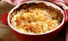 Casserole de pommes de terre avec fromage, ciboulette et bacon d'Épicure