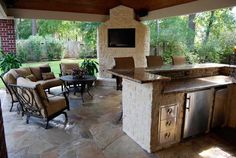 Choosing Outdoor Kitchen Cabinets: Outdoor Kitchens Houston Living Style LaurieFlower 017