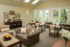 Healdsburg Inn on the Plaza - A Four Sisters Lodging situated in the heart of northern Sonoma wine country - Alexander Valley, Dry Creek Valley and Russian River.