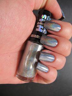 Hits Hefesto - I love holographic polish!