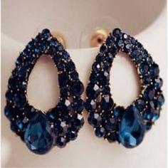 Iryaa Royal Blue Crystal Raindrop Earring