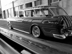nice chevy nomad, before I die I will have one!
