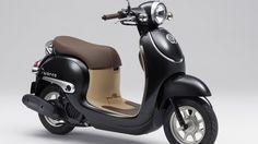 Hãng xe máy Honda và Yamaha