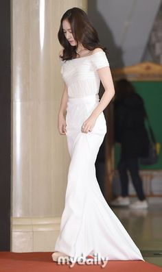 Her dress♡