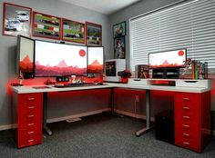 The good news is that there are many DIY options out there for a DIY computer desk | Tags: computer desk diy, computer desk in living room, computer desk gaming #diy #computerdesk