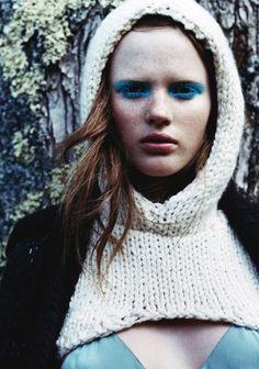 knit hood... weird but i kinda like it!