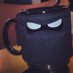 Another Monday has come around, and for this weeks #mondaymug we've got a photo of our #ninjamug that one of our customers sent into thumbsupworld! Use with ninja star coaster and ninja sword spoon for full effect! #thumbsupuk