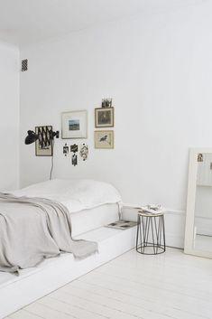 Un appartement blanc immaculé à Stockholm via Fantastic Frank