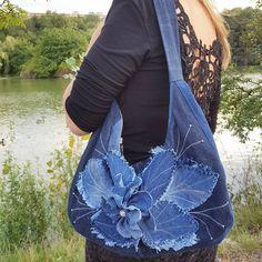 Jeans handmade bag ✂️ #madebyasya #fabric #sewing #sew #sewinginspiration #instamood #instasew #cotton #inspiration #photooftheday #jeans…