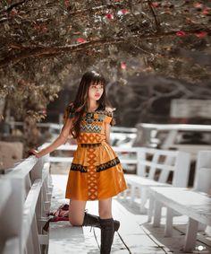 #Mizopuan #handwoven Northeast India, India Fashion, Indian Girls, Traditional Dresses, Designer Dresses, Fashion Models, Hand Weaving, Short Sleeve Dresses, Chic