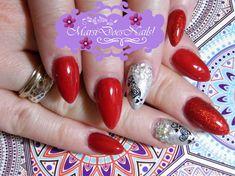 #MarsiDoesNails! #rednails #nailstamping #silverholonails