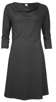 Black Nanso Virta dress with 3/4 sleeves