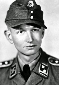 Portrait SS-Hauptscharführer Abel Chapy de la Waffen-Grenadier Brigade der SS Charlemagne (französische Nr. 1)