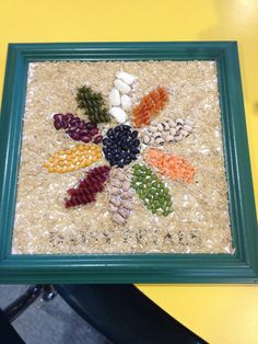 Mosaic Bean & Pasta Daisy Art Seed Crafts For Kids, Crafts For Seniors, Daisy Girl Scouts, Girl Scout Troop, Pasta Crafts, Pasta Art, Seed Art, Girl Scout Activities, Daisy Art