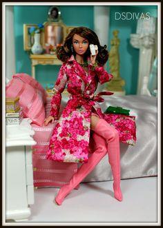 The EPT test is positive! Barbie I, Black Barbie, Barbie World, Barbie Dress, Barbie Clothes, Barbie Fashion Royalty, Fashion Dolls, Poppy Doll, African American Dolls