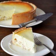 Torta con formaggio quark e pere