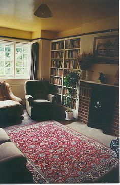 Home of CS Lewis. This is the type of room I work towards. I think I am on the right path in our living room. A visiting well read Priest once said that C. Lewis would love our home. That comment made me so happy! Joy Davidman, Inspirational Quotes From Books, Oxford England, Types Of Rooms, Cs Lewis, Home And Living, Living Room, British Style, My Dream Home