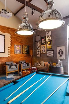 O que rolou na Village Arte Decor Home Living Room, Interior Design Living Room, Interior Decorating, Garage Game Rooms, Home Pub, Sweet Home, Light In, Home Fashion, Cubes