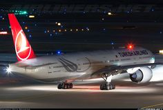 Turkish Airlines Boeing 777-3F2/ER aircraft picture