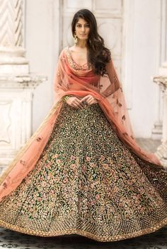 Buy Online Punjabi Wedding Lehenga Designer Collection Call/ WhatsApp us 77164 Designer Bridal Lehenga, Indian Bridal Lehenga, Indian Bridal Outfits, Indian Dresses, Bridal Dresses, Red Lehenga, Anarkali, Lehenga Style, Indian Attire