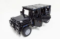 LEGO Mercedes G500 by Kevin Moo