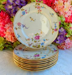 8 Beautiful Vintage Castleton Porcelain Dinner Plates ~ Sunnyvale Gold Roses #Castleton
