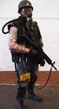 http://www.ballz-comics.com/wp-content/uploads/2014/02/post_apocalyptic_mercenary_002_b.jpg