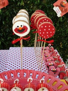 Parties by Design Girl: elmo birthday party