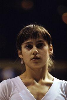 Olympic Gymnastics, Olympic Games, Life In Usa, Nadia Comaneci, Romanian Girls, Gymnastics Pictures, Shawn Johnson, Sport Girl, Female Athletes