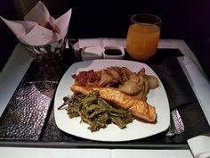 Etihad Business Class, First Class Flights, Grubs, Abu Dhabi, Chicken Wings, Airplane, Food, Meals, Plane