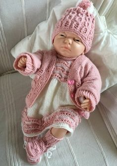 X Baby Doll Clothes, Crochet Baby Clothes, Doll Clothes Patterns, Clothing Patterns, Baby Dolls, Baby Boy Knitting, Baby Knitting Patterns, Knit Crochet, Crochet Hats