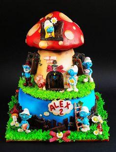 smurf cake design #smurf #cakes www.loveitsomuch.com