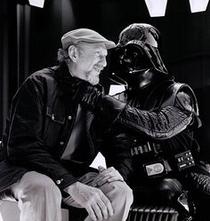 Irvin Kershner and David Prowse on the set ofStar Wars: Episode V - The Empire Strikes Back(1980)