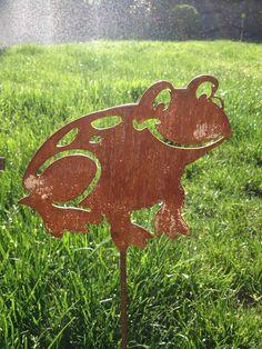 Metal Frog Yard Stake Ribbit by MarriedToTheMetal on Etsy