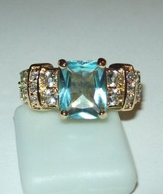 Lovely Simulated Aquamarine Ring Size 6.5.. Starting at $7 on Tophatter.com!