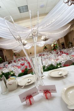 A winter-themed wedding held in our Grand Ballroom.