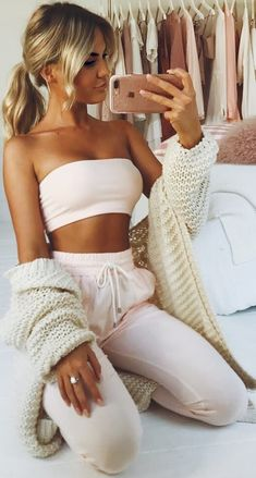 Chill out in style in Showpo Lounge outfit leggings Sleepwear Cute Lounge Outfits, Cute Lazy Outfits, Chill Outfits, Sporty Outfits, Mode Outfits, Fashion Outfits, Stylish Outfits, Winter Fashion, Fashion Tips
