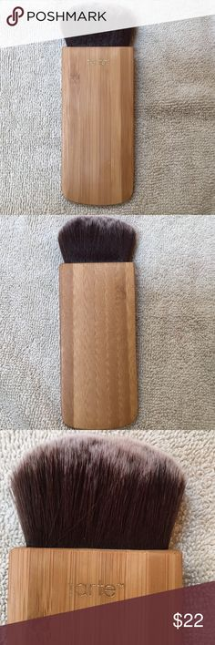 Tarte Swirl Power & Contour Bronzer Brush Tarte Swirl Power & Contour Bronzer Brush.  Cruelty Free blush & contour brush with a flat bamboo handle & soft, synthetic bristles.  Used s few times- washed and ready for a new home.  No trades 😫 Tarte Makeup Brushes & Tools